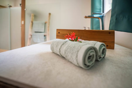 Organic sheets and towels